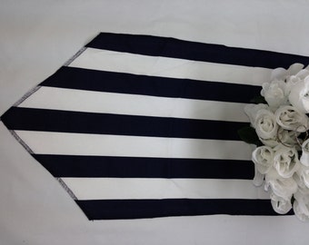 Wholesale lot of 12 black and white stripe runners, Pointed ends, black sides, wedding party tablerunners,