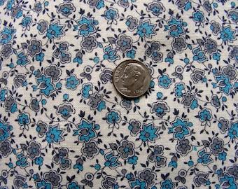 Vintage Feedsack Cotton Fabric  - AMAZING Small Packed Tiny Aqua & Gray Flowers  - 34 x 52