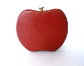 vintage late 1970's wooden harvest red apple shaped napkin holder with sued stems