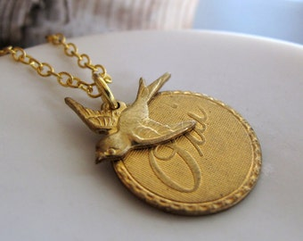 Gold Bird Necklace, French Oui Charm Necklace, Sparrow Jewelry, Vintage Inspired - OUI