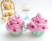 DRAWER KNOBS fake cupcake set of 2 cabinet pull drawer pulls (kitchen,bakery,girls room, coffee shop) pink icing