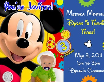 Mickey Mouse birthday party invitations and party favors