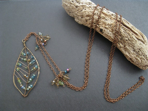 Wire Wrapped Emerald Green Nature Inspired Leaf Necklace