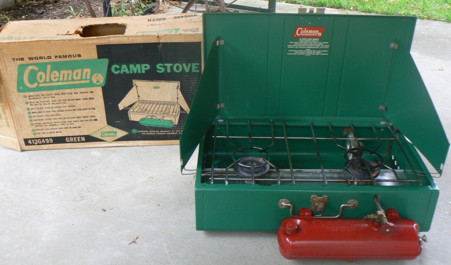 1960s COLEMAN 413G 499 Camping Camp or Emergency Use Stove in