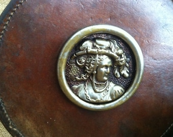 Antique leather purse | round| raspberry interior