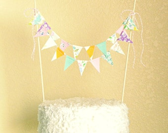 Mint Pink Gâteau Fabric Bunting Cake Topper Decoration / Vintage Circus Style