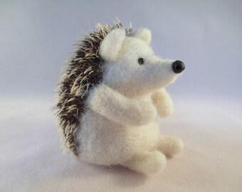Hedgehog, Felted Animals, Felt Animals, Needle Felt, Forest Animals, Animals, Collectible, Felt, Gift for Her, Handmade, Woodland Animals