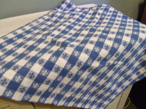 Vtg Picnic Tablecloth Blue Amp White Checked Fleur De Lis