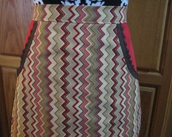 Now on Sale - Ladies Brown and Red Chevron Half Apron     Free Shipping