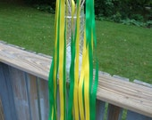50  Green and Yellow Wedding Wands