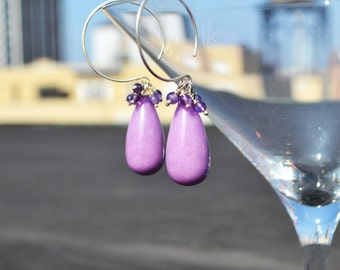 lucious lavendar drop earrings...