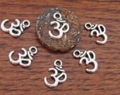 Sale 5 Beads-Silver tone yoga meditation om metal charms beads  - BD459