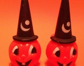 2 Vintage Halloween Plastic Pumpkins With Witch Hats