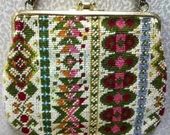 Needlepoint Shoulder Bag - Vintage