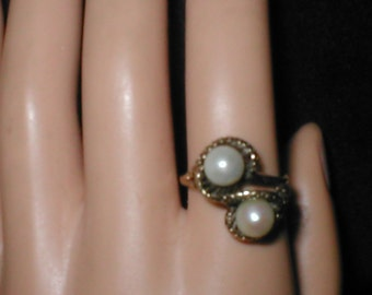Vintage 10K Gold Cultured Pearl Ring