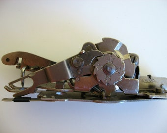 Greist Hemstitching and Picoting Attachment for Sewing machine. Rotary. Box with instructions.