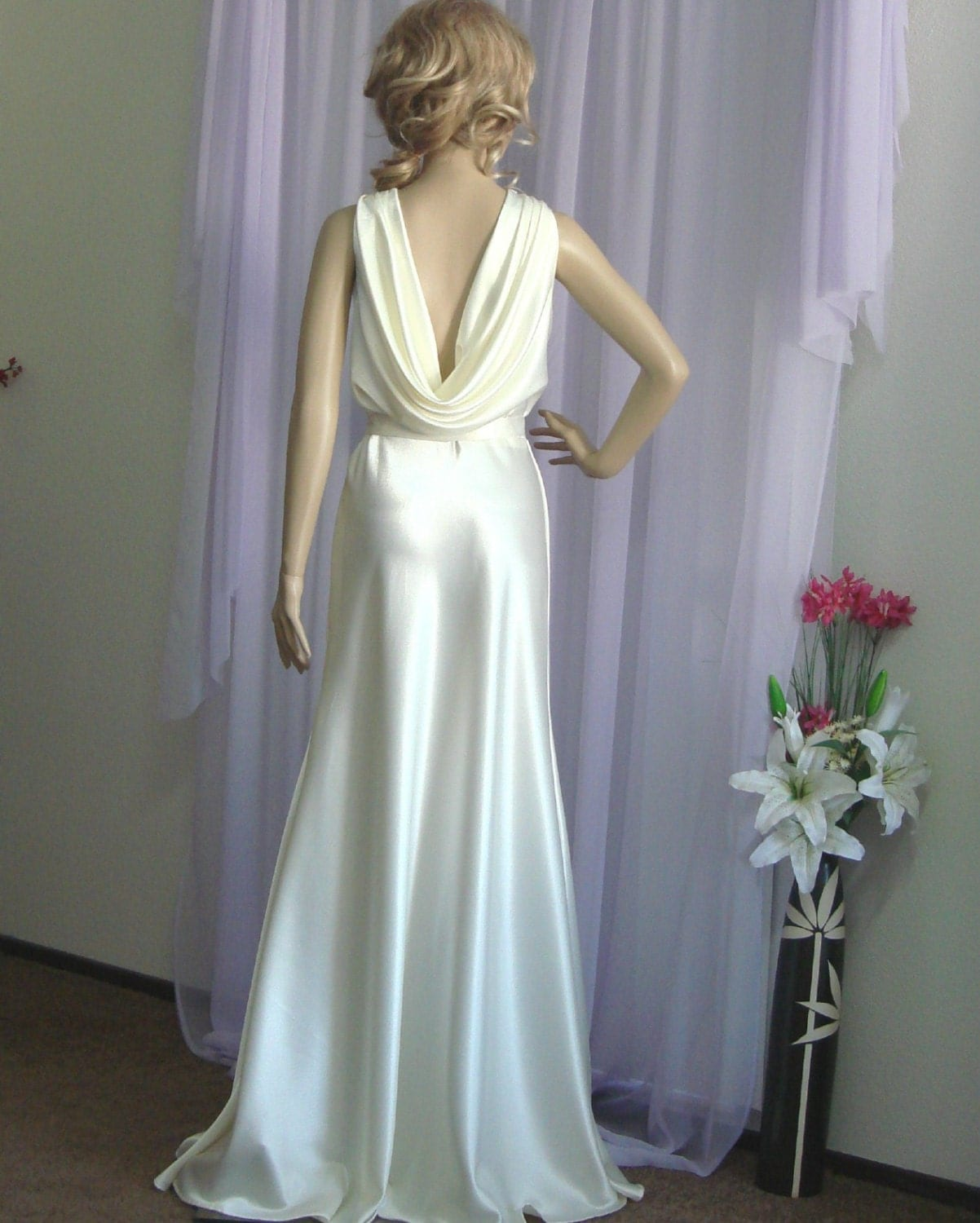 Venus Ultra Elegant And Sexy Wedding Dress. Vintage Inspired