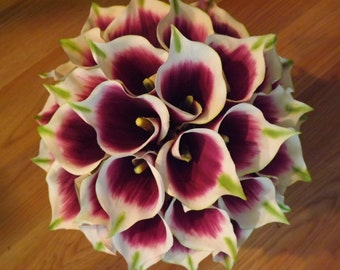 Picasso calla lily bouquet, choice of real touch mini or standard callas