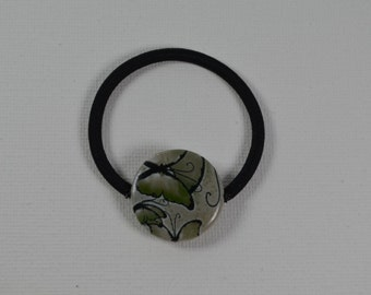 Green butterfly print shell bead ponytail holder