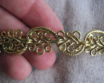 Metallic GOLD Fancy WAVE braid trim