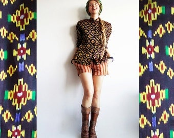 GiRL in FLoWER JaCKET Vtg Silky Tribal Jacket in Chocolate Brown with Yellow Blue Green Flowers For Hip and Happy S or M
