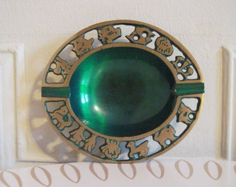 vintage 1970s Green Enamel ZODIAC Ashtray, bowl, trinket dish, catchall - astrological birthday signs, horoscope, occult, wiccan, new age