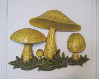the seventies kitchen, vintage 1970s Yellow and Green MUSHROOM Wall Plaque - woodland, magical, enchanted forest, mustard, produce, hippie