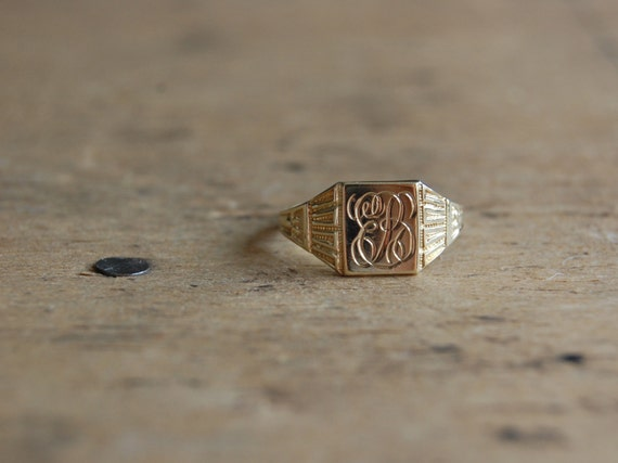 antique 10K gold signet ring / OSTBY BARTON