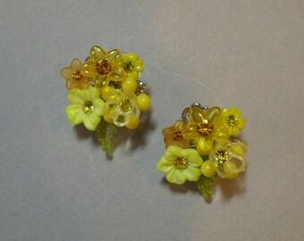 Jonquil Bouquet Earrings