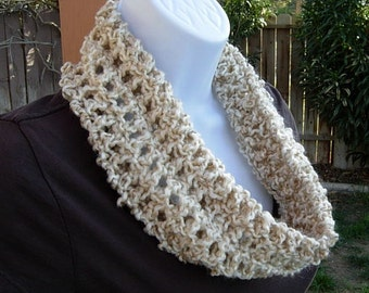 Small Infinity Scarf, Summer Scarf, Summer Cowl, Small Beige Scarf, Off White Crochet Cowl, Cream Loop Scarf, Lightweight