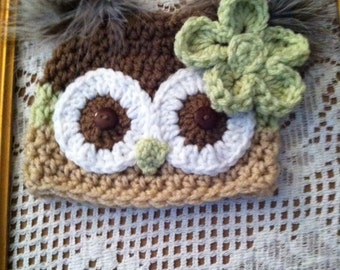 Gender neutral owl hat with removable flower