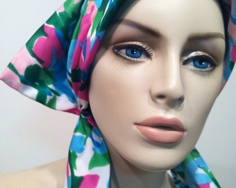 Authentic 50s vintage GARDEN Hat Head Bow Scarf Pink Blues Greens Runway Style Outdoors Sun Protection Authentic Vintage artedellamoda