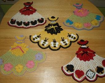 5 Crochet Doily Girl Pattern Lot 4- Butterfly-Bees-Casino-Mouse-Flowers