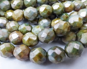 25 Czech Glass Fire Polished Beads in Mottled Green  (Picasso Finish) 8mm Size