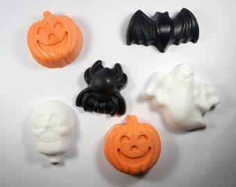 6 Halloween Soaps - 5 designs - jack-o-lantern, pumpkin, bat, ghost, skull, spider, party favor, samhain, decoration, hostess gift