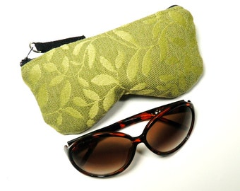 Green Leaves Curves Eyeglass Case, Sunglasses Pouch, Sunglasses Case, Zippered Eye Pouch
