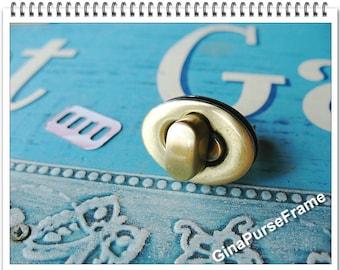 Purse Lock Oval shape for handmade purse bag box wallet closure (polished antique brass color)-1set (purse metal frame)