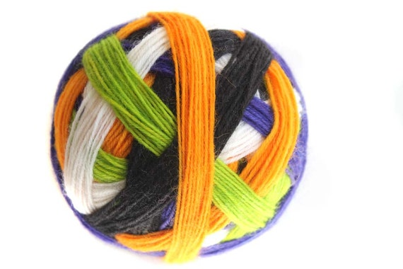 Tangy Self-Striping Sock Yarn in Haunted House