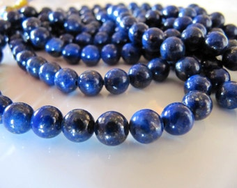 6mm Lapis Lazuli Stone Beads in Dark Blue with Gold Pyrite Flecks, Dyed, 1 Half Strand, 31 Pieces, Round Gemstones