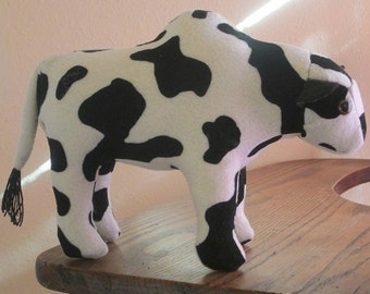Felt Hosltein or Normande Bull