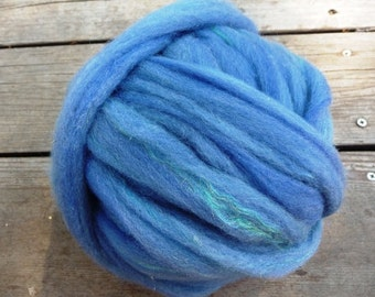 Pin Drafted Dorset Wool Roving -With Firestar Nylon -4 ounces