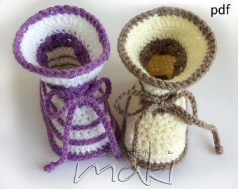 Crochet pattern baby boots - Two styles in one pattern! Simple and pretty baby boots! For boys and girls - No sewing! Pattern No. 112