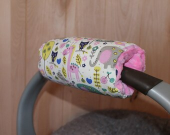 Car seat handle cover, padded Handle Cover giraffe and elephants padded handle