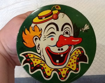 Vintage CLOWN Noisemaker U.S. Metal Toy Mfg Co. USA Round Noisemaker