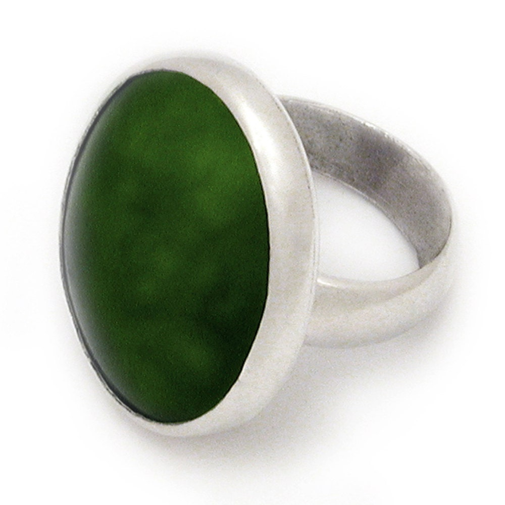 new zealand greenstone and sterling silver ring large