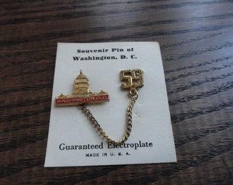Souvenir Pin of Washington D.C. Capitol Building and '59