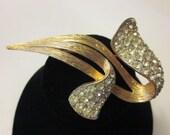 Vintage Gold Tone & Clear Rhinestone Brooch