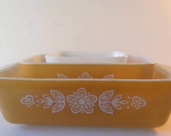 Colorful Vintage Pyrex Gold Butterfly Design Fridge 3 Piece Set