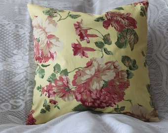 Decorative Pillow Cover Zipper Closure Throw Pillow, pillow shams Bella  Rosa 18' by 18'