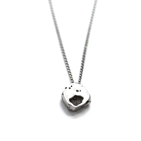 Niki Necklace in Sterling Silver